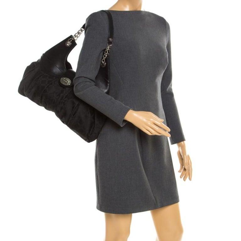 Versace Black Canvas and Leather Shoulder Bag In Fair Condition For Sale In Dubai, Al Qouz 2