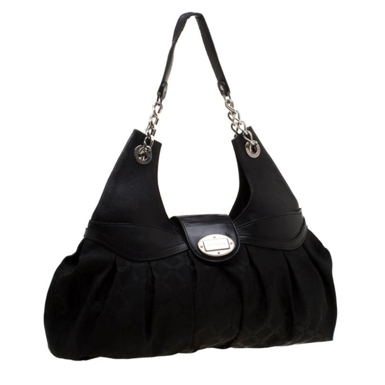 Women's Versace Black Canvas and Leather Shoulder Bag For Sale