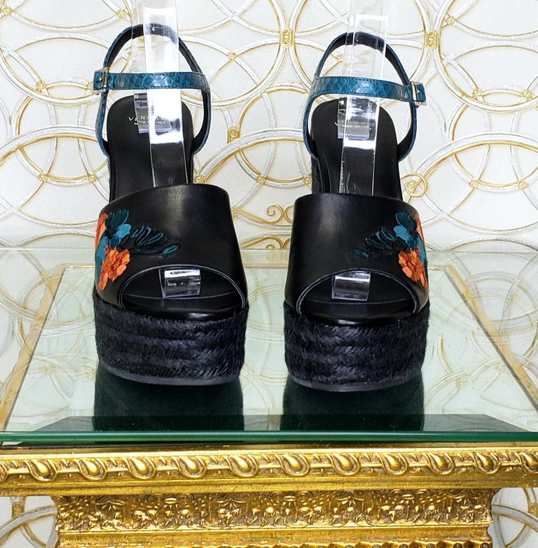 VERSACE BLACK LEATHER and FLORAL EMBROIDERED WEDGE SANDALS 38, 38.5, 39, 40 For Sale 2