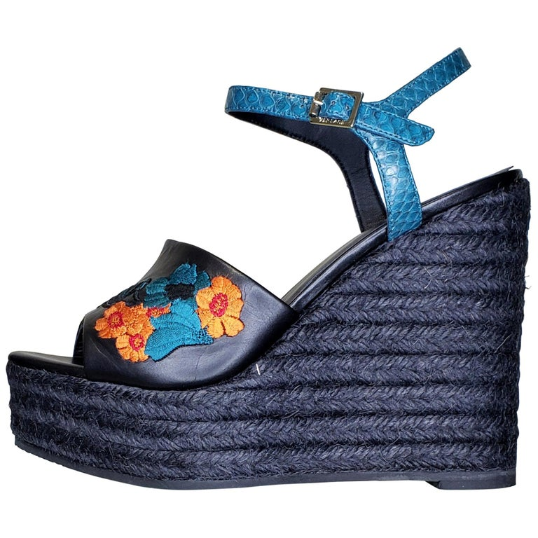 VERSACE BLACK LEATHER and FLORAL EMBROIDERED WEDGE SANDALS 38, 38.5, 39, 40 For Sale