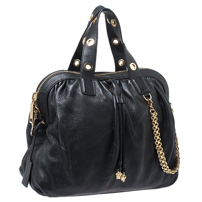 Versace Black Leather Chain Satchel In Good Condition For Sale In Dubai, Al Qouz 2