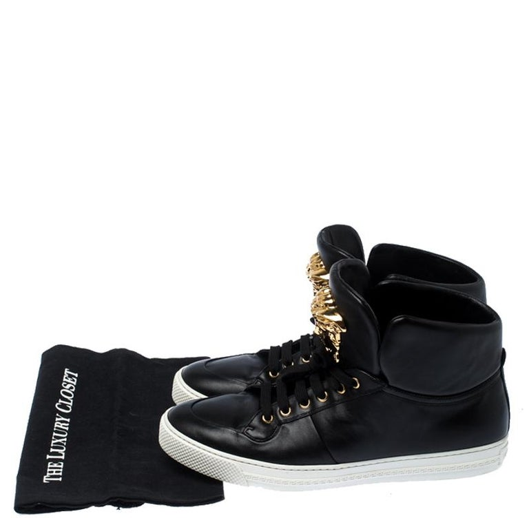 Versace Black Leather Medusa Lace High Top Sneakers Size 44 For Sale 4