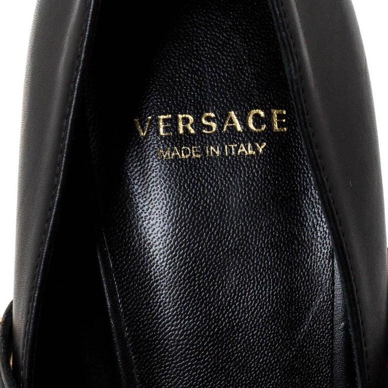 Versace Black Leather Medusa Strap Pointed Toe Pumps Size 36 For Sale 2