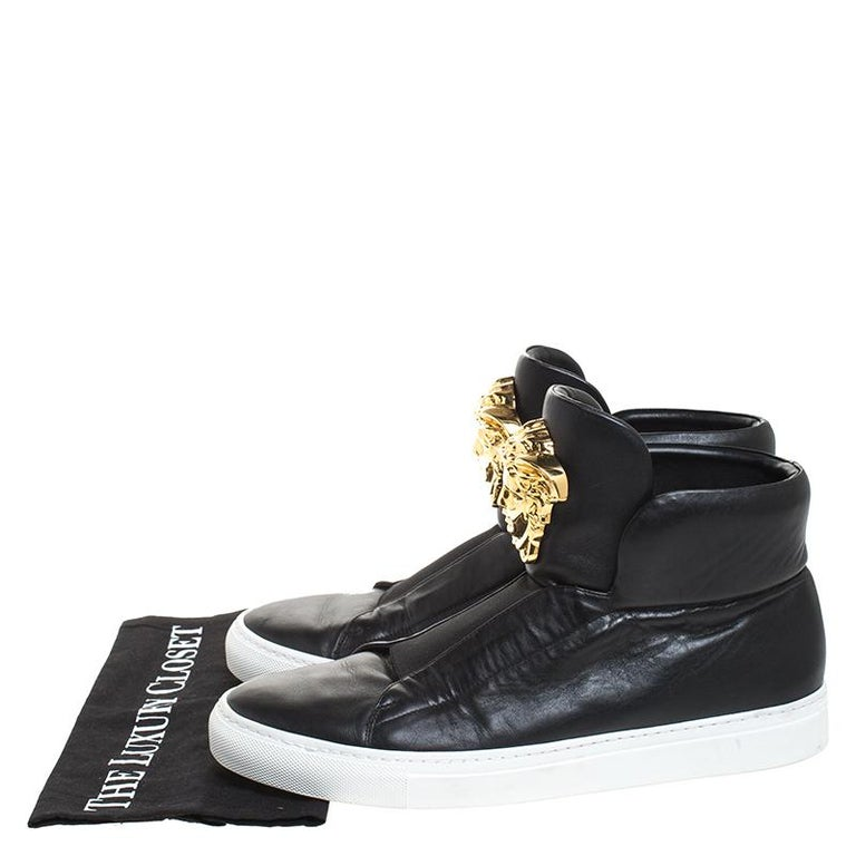 Versace Black Leather Palazzo Medusa High Top Sneakers Size 42 For Sale 4