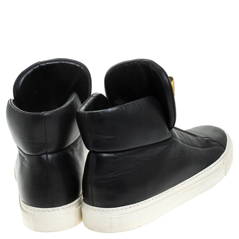 Versace Black Leather Palazzo Slip On High Top Sneakers Size 40 In Good Condition For Sale In Dubai, Al Qouz 2