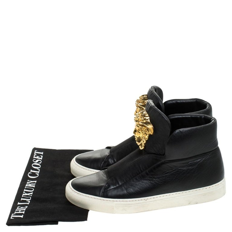 Versace Black Leather Palazzo Slip On High Top Sneakers Size 40 For Sale 4