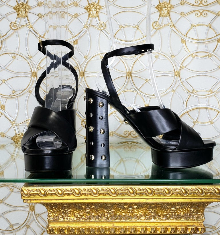VERSACE BLACK LEATHER SANDALS SHOES with GOLD MEDUSA STUDS 36.5, 37, 38, 39, 40 For Sale 1