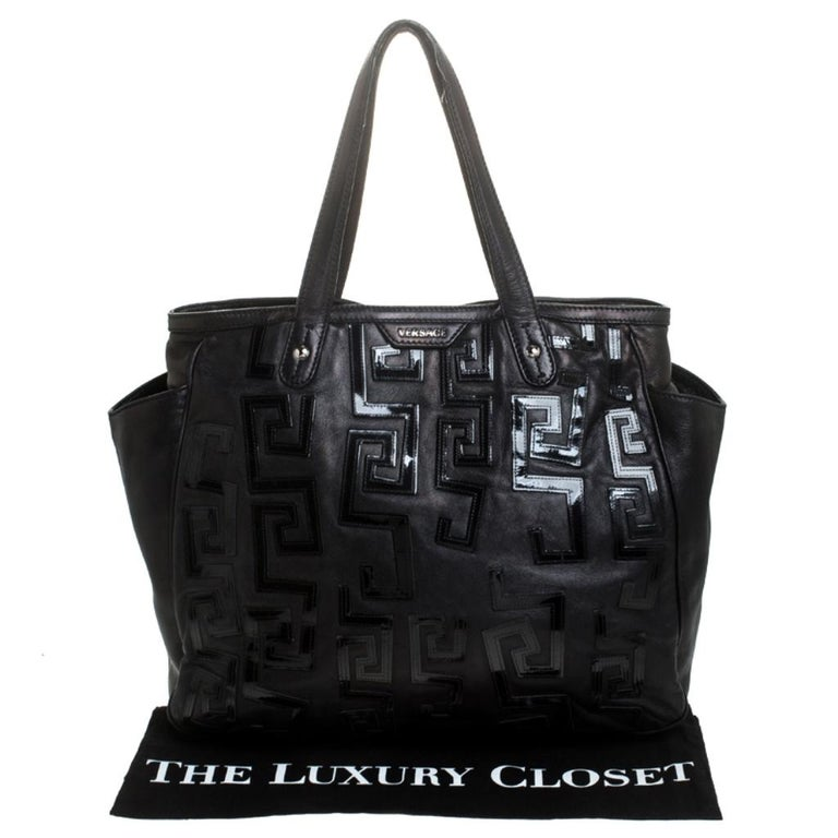 Versace Black Leather Shopper Tote For Sale 7
