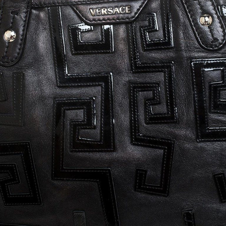 Versace Black Leather Shopper Tote For Sale 3