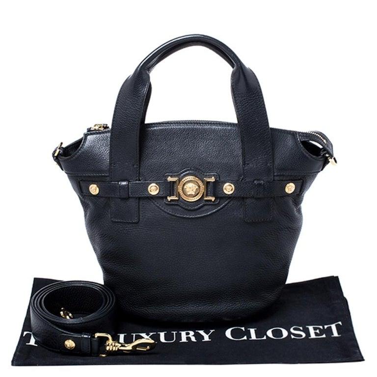 Versace Black Leather Shoulder Bag For Sale 7