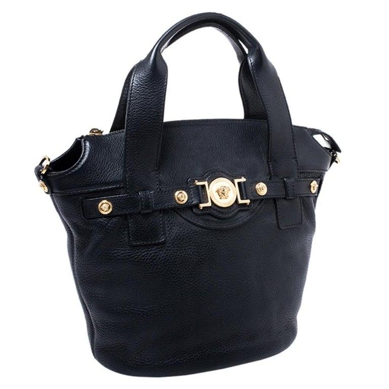Women's Versace Black Leather Shoulder Bag For Sale