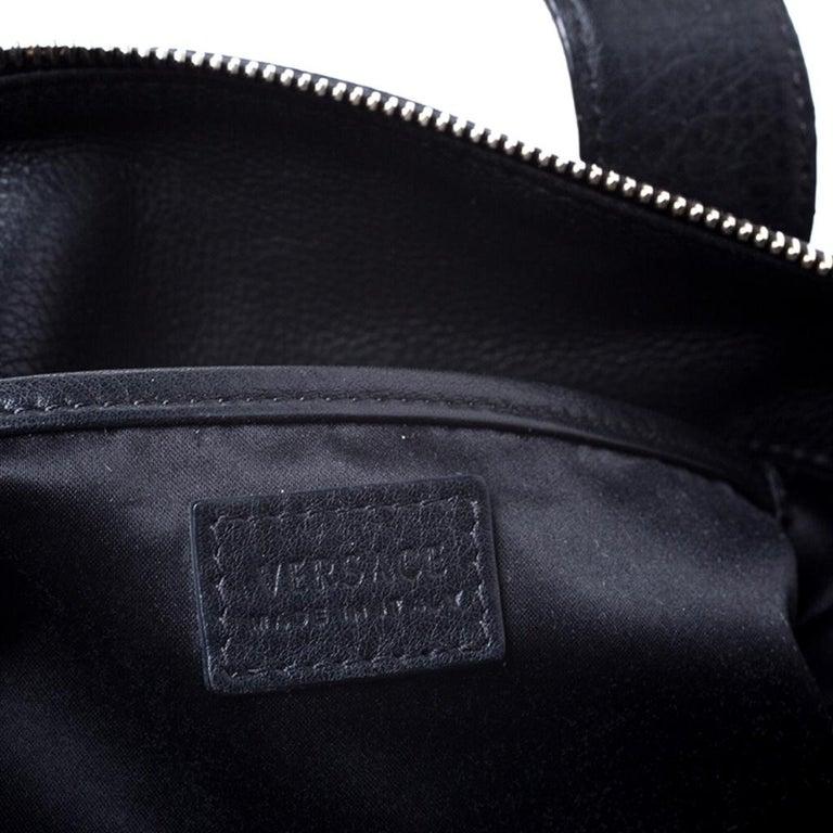 Versace Black Leather Shoulder Bag For Sale 2