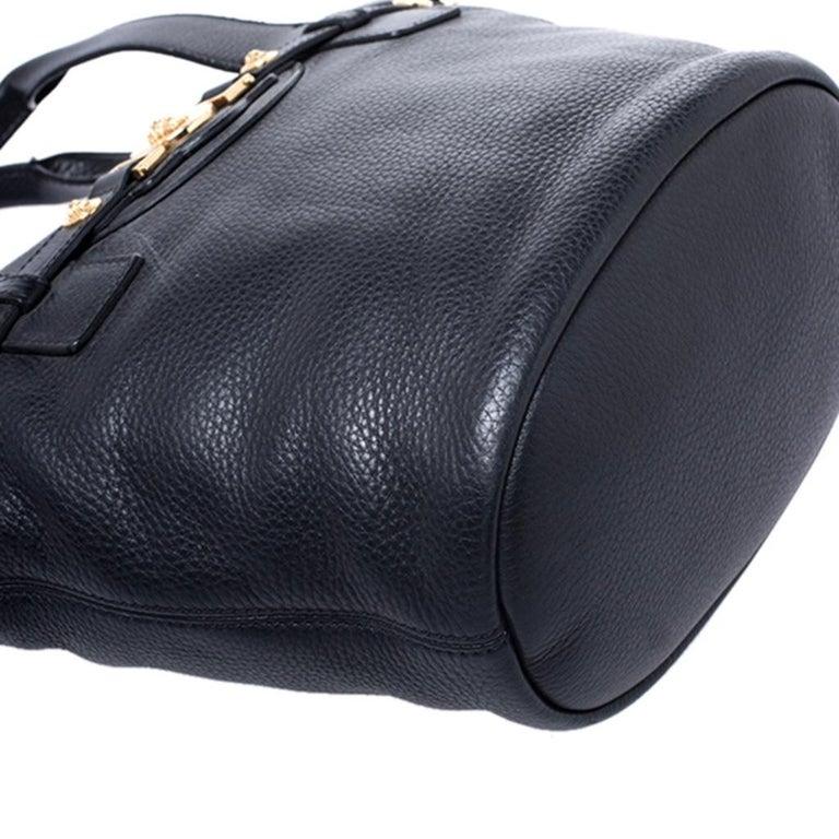 Versace Black Leather Shoulder Bag For Sale 4