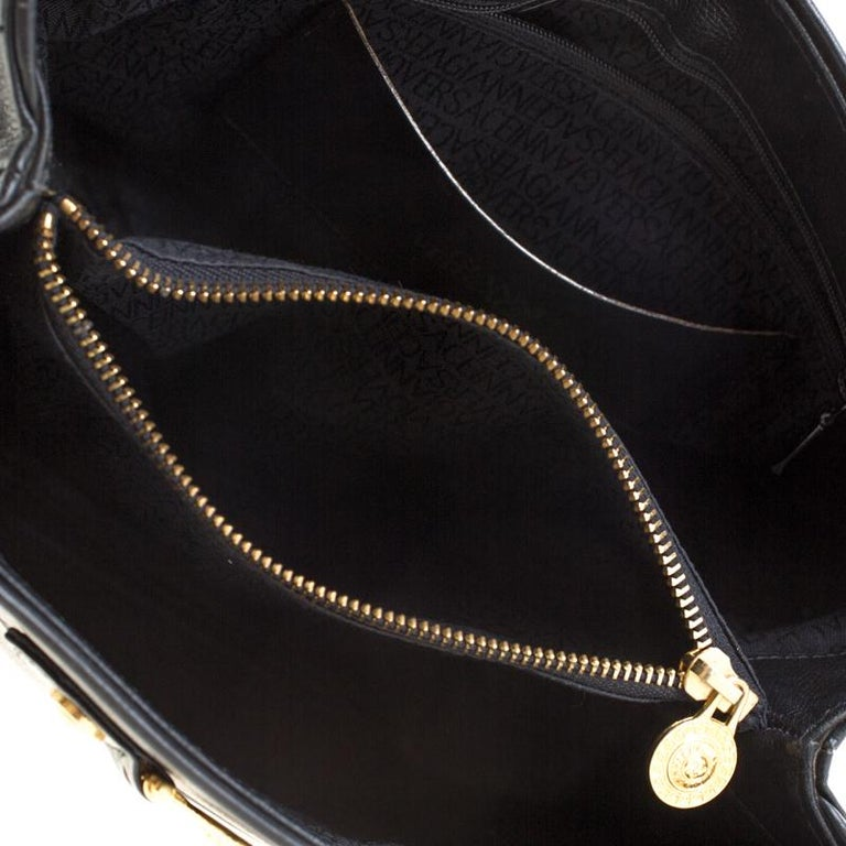 Versace Black Leather Shoulder Bag For Sale 4