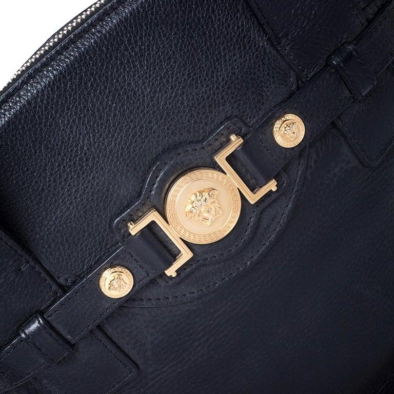 Versace Black Leather Shoulder Bag For Sale 5