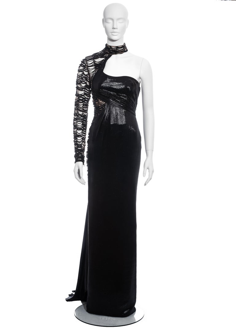 Versace black lurex beaded one-sleeve trained evening dress, fw 2013 In Excellent Condition For Sale In London, GB