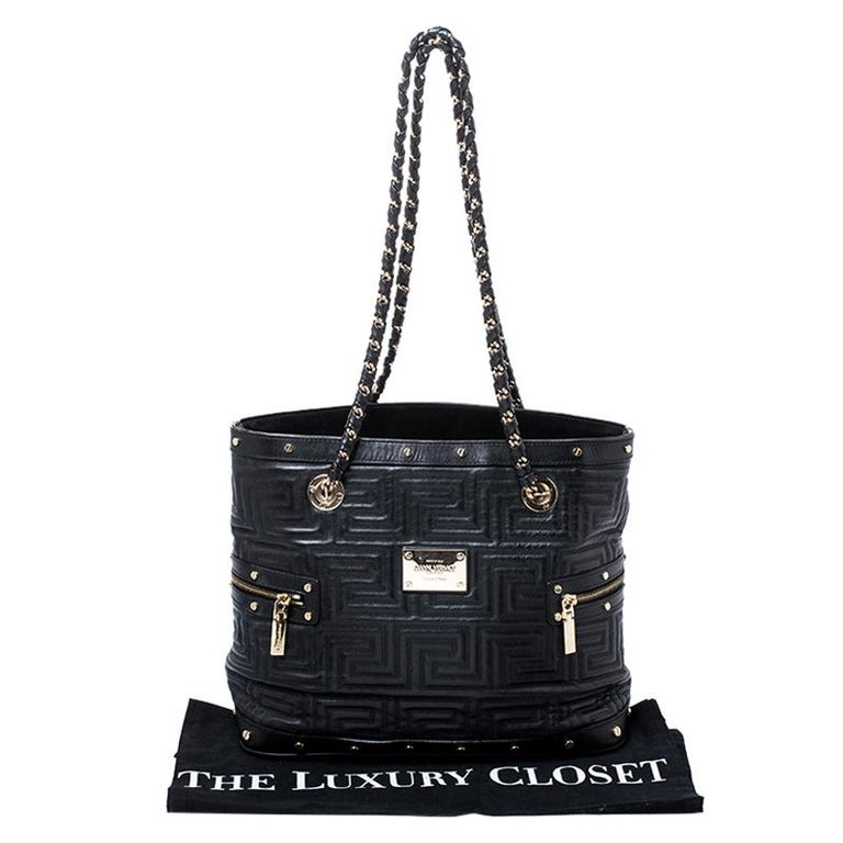 Versace Black Quilted Leather Sided Zip Tote For Sale 7