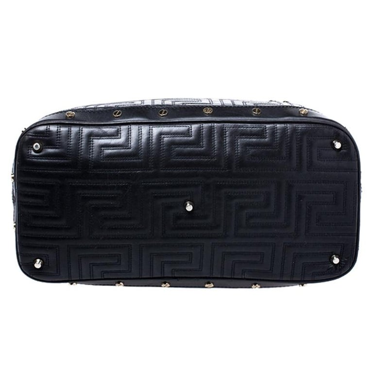 Versace Black Quilted Leather Sided Zip Tote For Sale 3