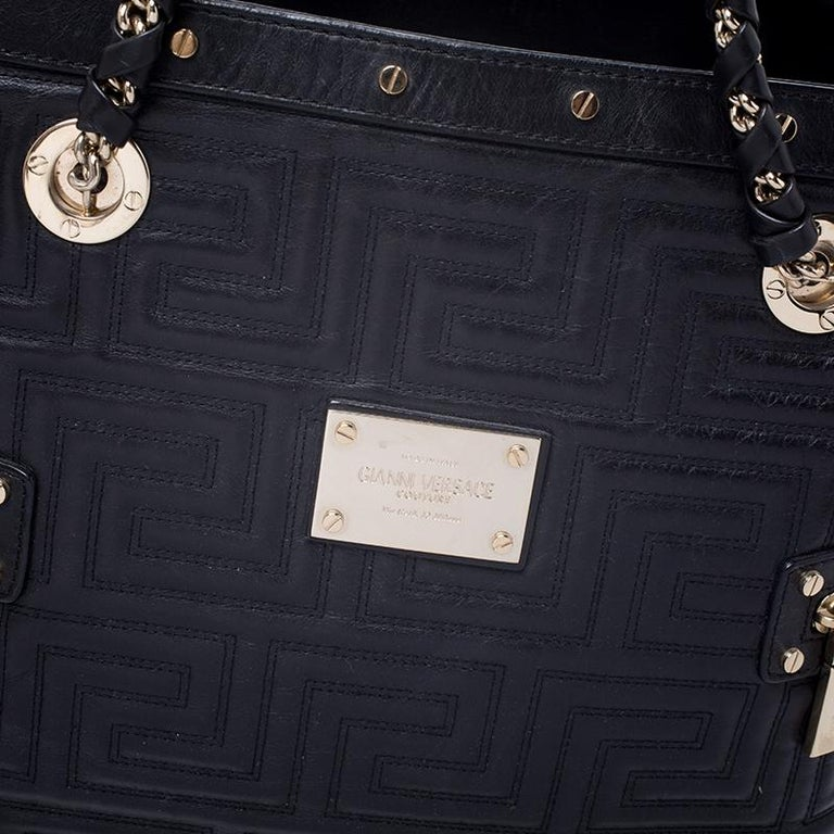 Versace Black Quilted Leather Sided Zip Tote For Sale 4