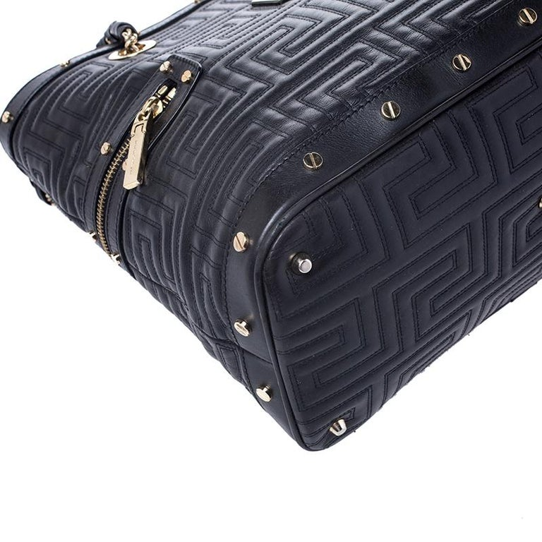 Versace Black Quilted Leather Sided Zip Tote For Sale 5