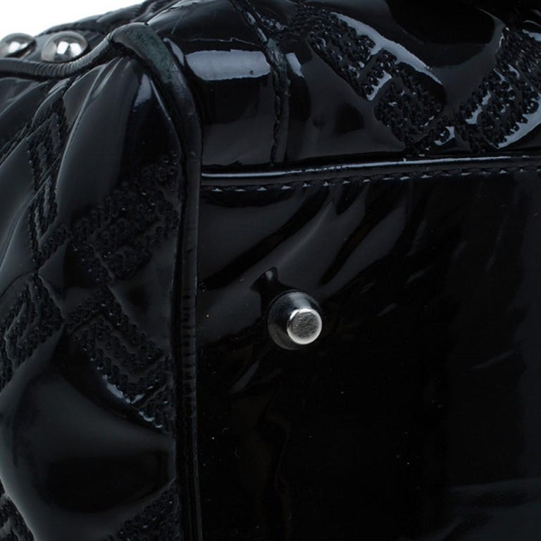 Versace Black Quilted Leather Snap Out Of It Satchel For Sale 12