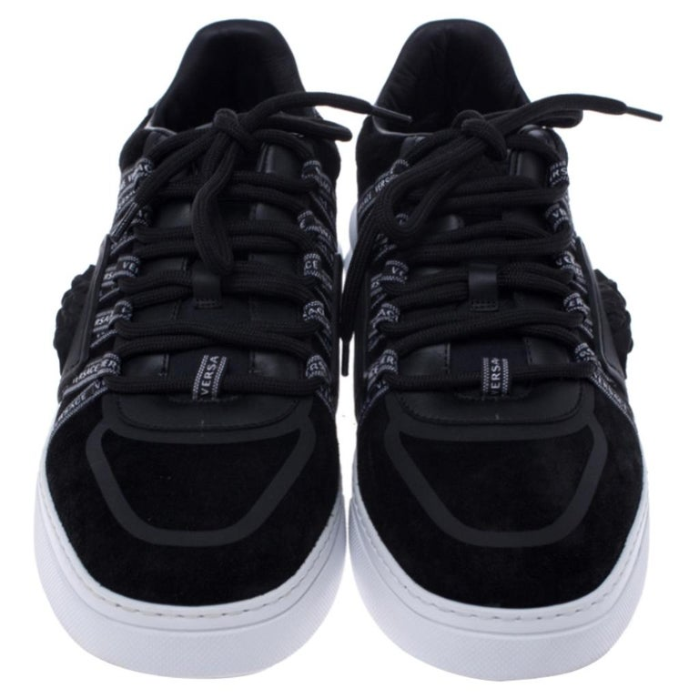 Versace Black Suede Leather And Rubber Medusa Lace Up Sneakers Size 42.5 In New Condition For Sale In Dubai, Al Qouz 2