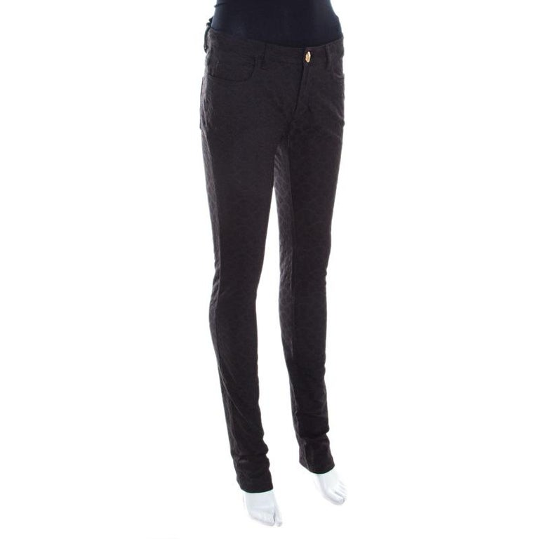 Versace Black Textured Jacquard Skinny Pants S In Good Condition For Sale In Dubai, Al Qouz 2