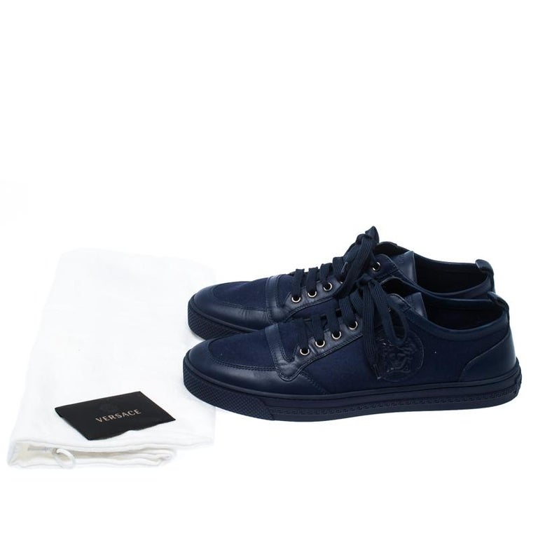 Versace Blue Canvas and Leather Medusa Head Low Top Sneakers Size 43.5 For Sale 4