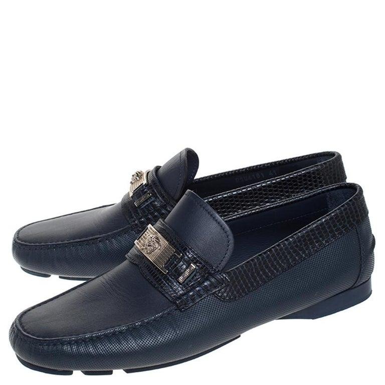 Men's Versace Blue Leather Medusa Detail Slip On Loafers Size 41 For Sale