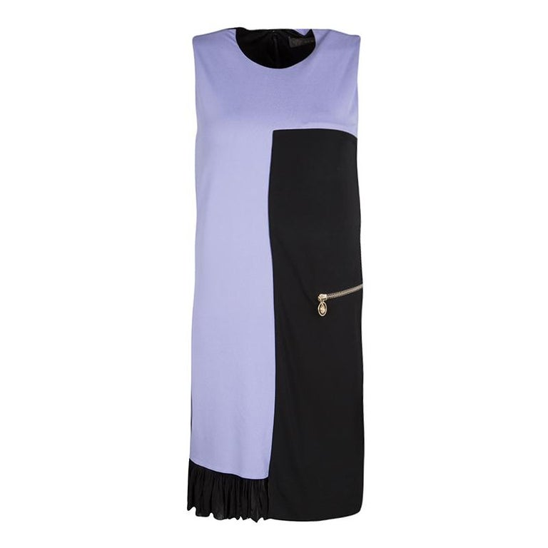 ebdc67fa77574 Versace Colorblocking Rüschen Saum ärmelloses Kleid S im Angebot bei ...