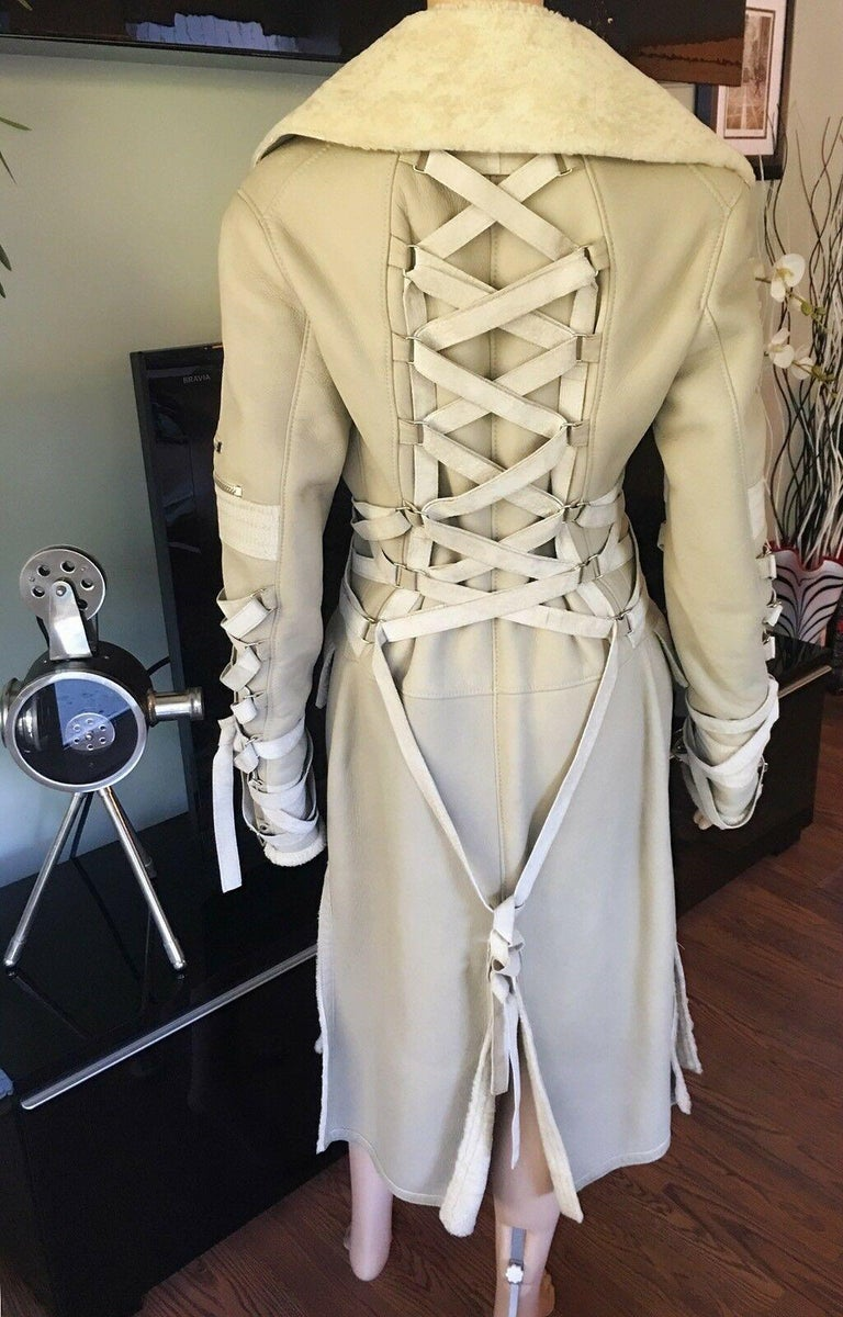 Versace F/W 2003 Runway Corset Ties Lace Up Beige Shearling Jacket Coat In Good Condition For Sale In Totowa, NJ