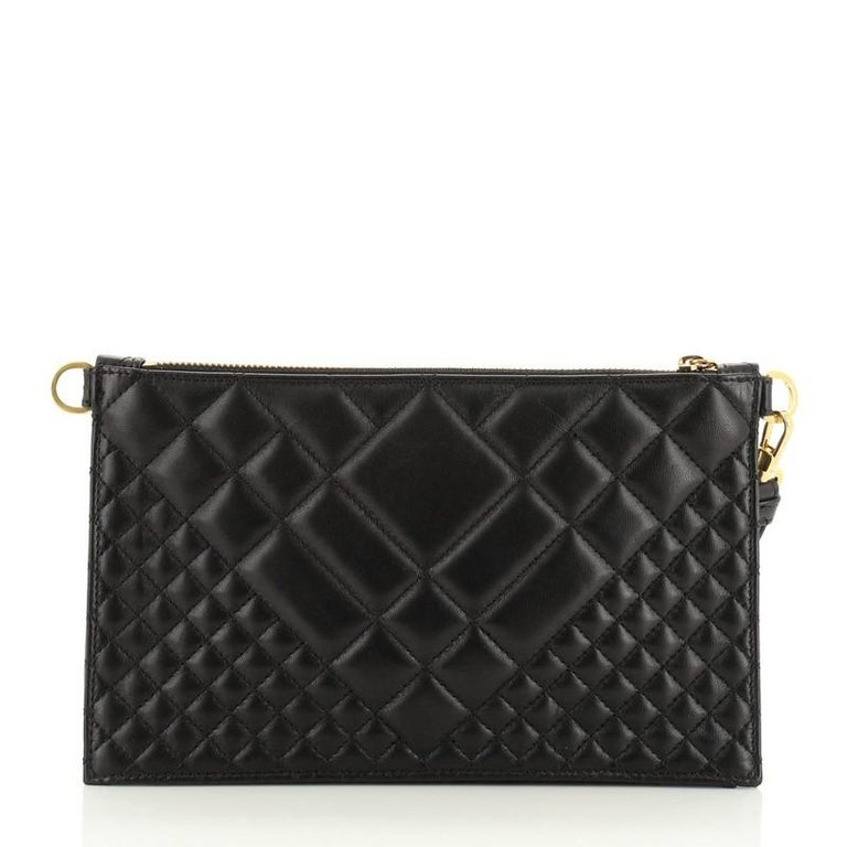 Versace Icon Flat Crossbody Bag Quilted Leather In Good Condition For Sale In New York, NY