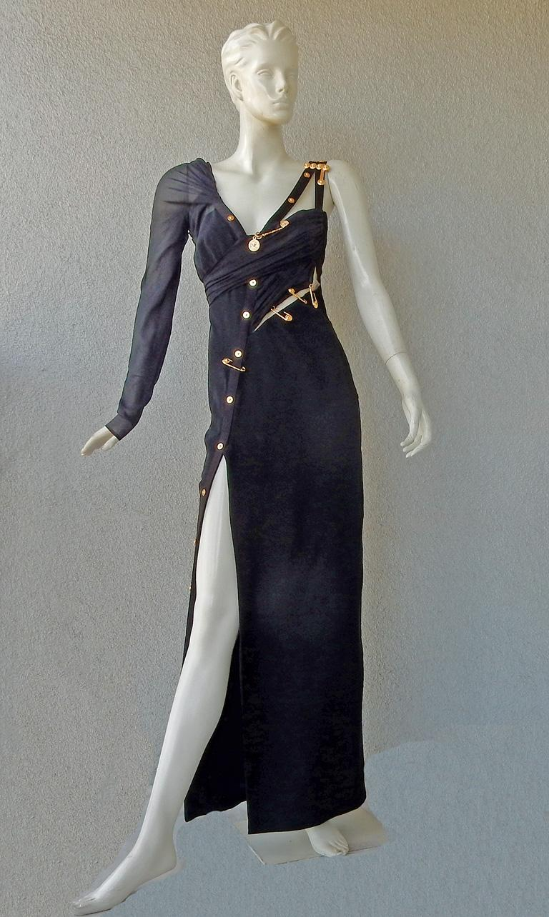 Versace Iconic New Version of the Safety Pin Evening Dress   New In New Condition For Sale In Los Angeles, CA