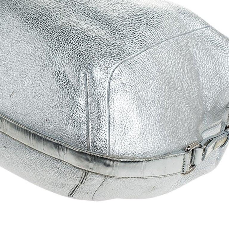 Versace Metallic Silver Leather Medusa Hobo For Sale 2