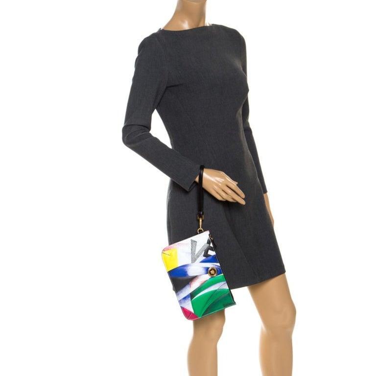 Versace Multicolor Clash Print Icon Leather Wristlet In Excellent Condition For Sale In Dubai, Al Qouz 2