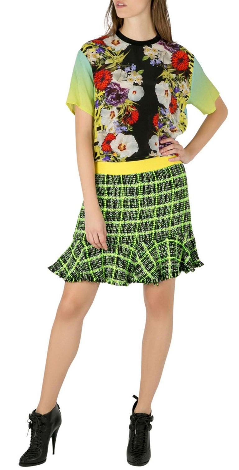 Versace Multicolor Floral Print Silk Ombre Sleeve Detail Crew Neck T Shirt M For Sale 2