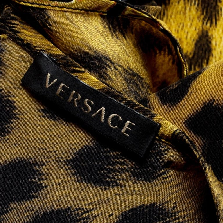 Versace Multicolor Medusa and Leopard Print Silk Boxy Fit Blouse S For Sale 3