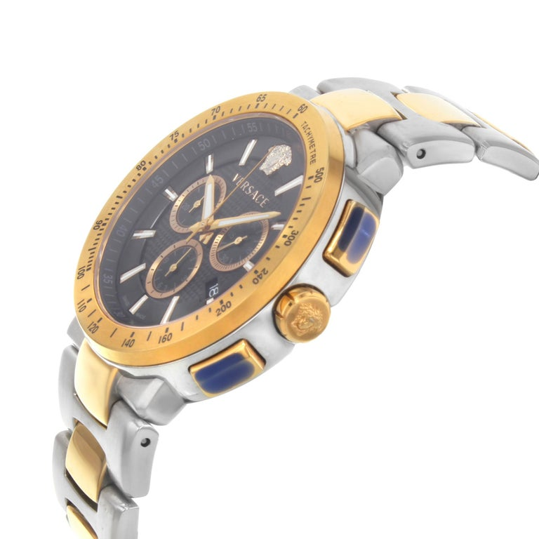 Versace Mystique Steel Chronograph Black Dial Quartz Men's Watch VFG100014 In Good Condition For Sale In New York, NY