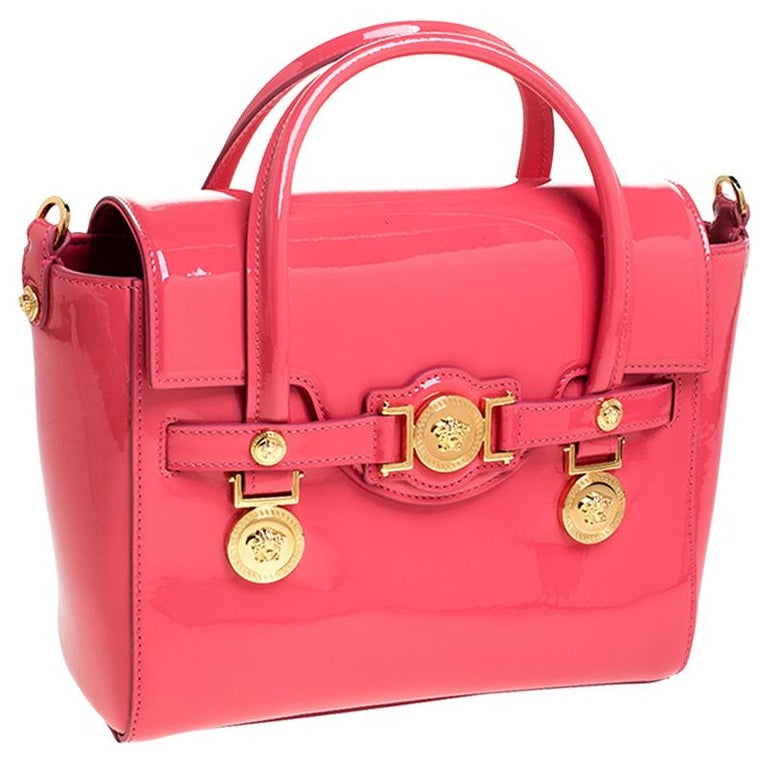 Versace Neon Pink Patent Leather Medusa Medallion Tote In New Condition For Sale In Dubai, Al Qouz 2