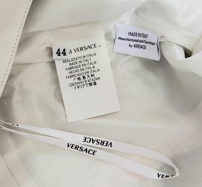 VERSACE OFF WHITE METAL HARDWARE EMBELLISHED LEATHER Dress 44 - 10 For Sale 4