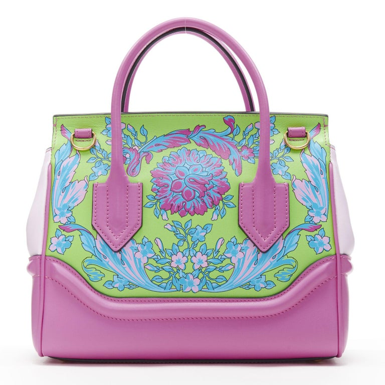 VERSACE   Palazzo Empire Small Technicolor Baroque pink Medusa tote bag Brand: Versace Designer: Donatella Versace Collection: 2019 Model Name / Style: Palazzo Empire Material: Leather Color: Pink Pattern: Floral Closure: Clasp Lining material: