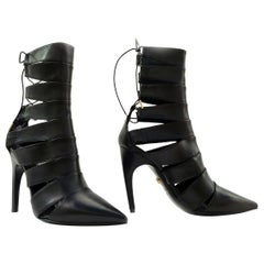 VERSACE POINTED LACE-UP BLACK LEATHER Boots