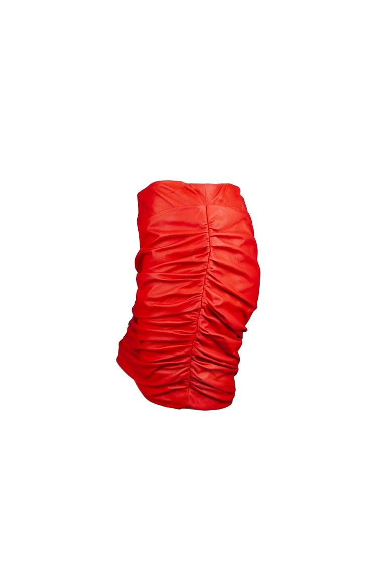 Versace Red Leather Asymmetrical Ruched Mini Skirt Size 40 In New Condition For Sale In Paradise Island, BS