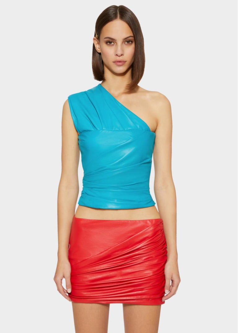 Versace Red Leather Asymmetrical Ruched Mini Skirt Size 40 For Sale 3