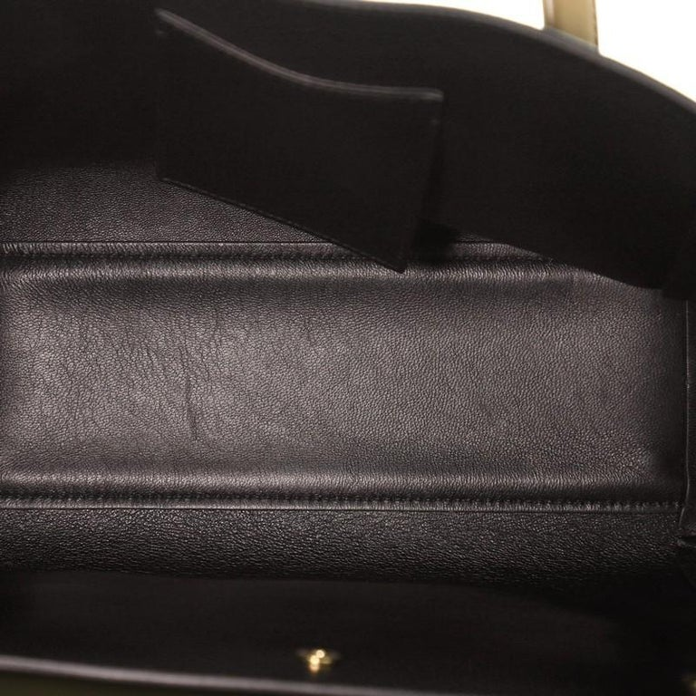 Versace Signature Bag Leather Large  For Sale 2