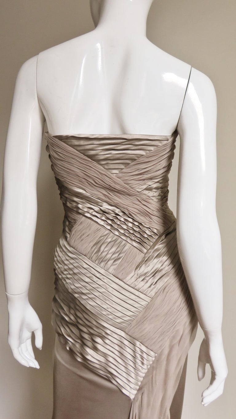 Versace Silk Geometric Strapless Gown For Sale 5