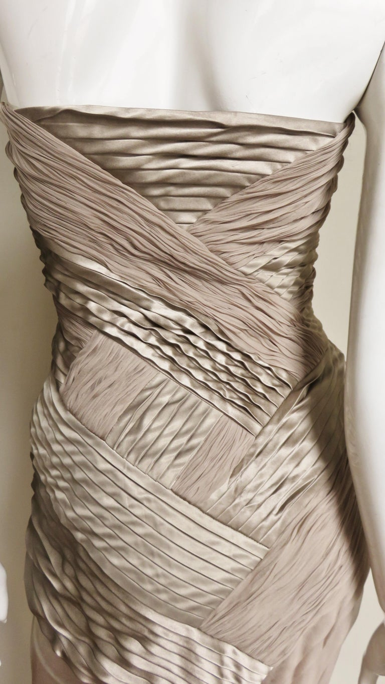 Versace Silk Geometric Strapless Gown For Sale 6