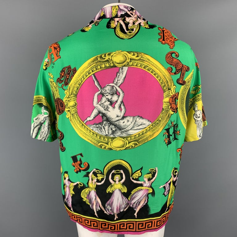 VERSACE Size L Multi-Color Print Viscose Button Up Short Sleeve Shirt In Excellent Condition For Sale In San Francisco, CA