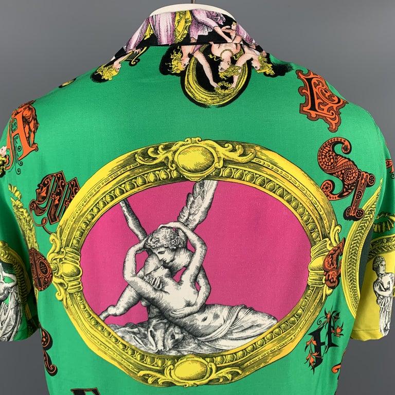 Men's VERSACE Size L Multi-Color Print Viscose Button Up Short Sleeve Shirt For Sale