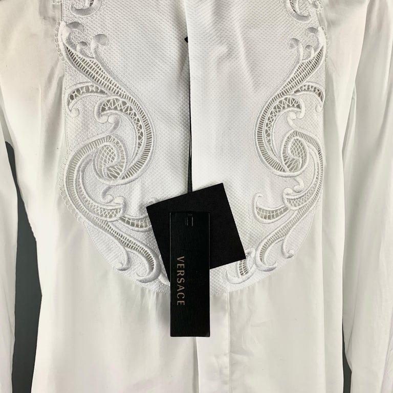 VERSACE Size L White Baroque Cutout Bib Textured Cotton Dress Shirt For Sale 2